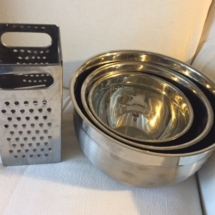 Set of Williams Sonoma measuring bowls and vintage grater