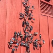 Metal wall/garden sculpture
