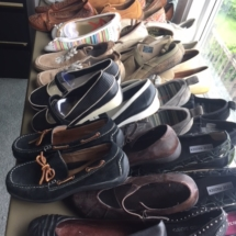 Hundreds of nice shoes - most size 7.5