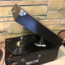 Antique Victor Victrola