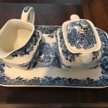 Wedgewood cream and sugar
